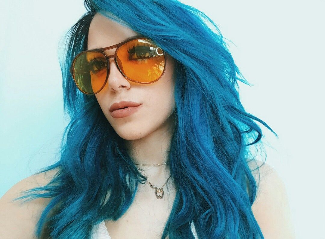 Niki demar hairstyle with artistic blue pinterest hair