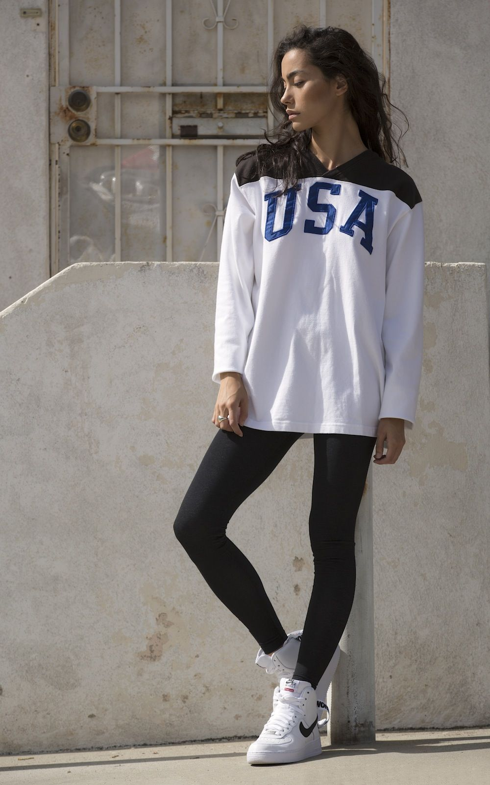 new arrival 703ce b4c8d ... Fashion · world famous · Air Force 1 ... Girl wearing ...