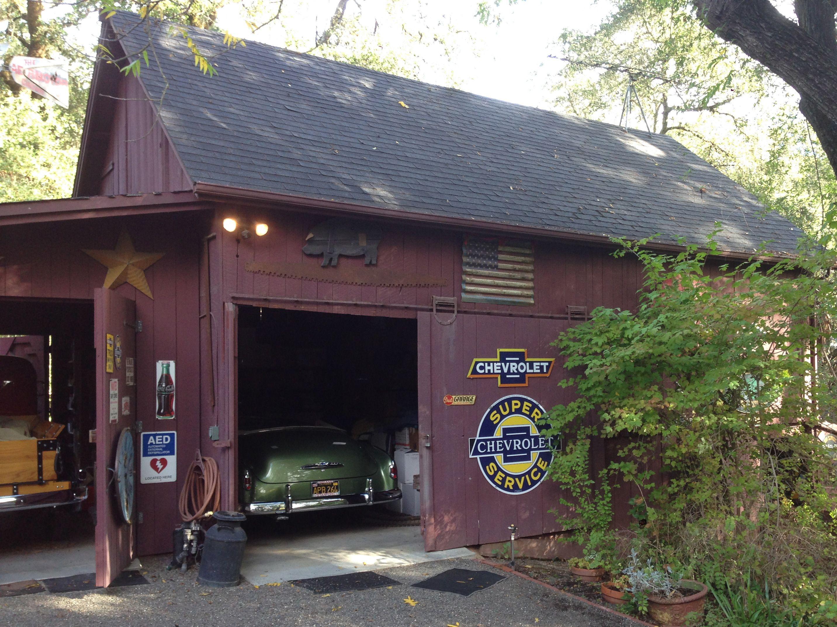 Chevy barn