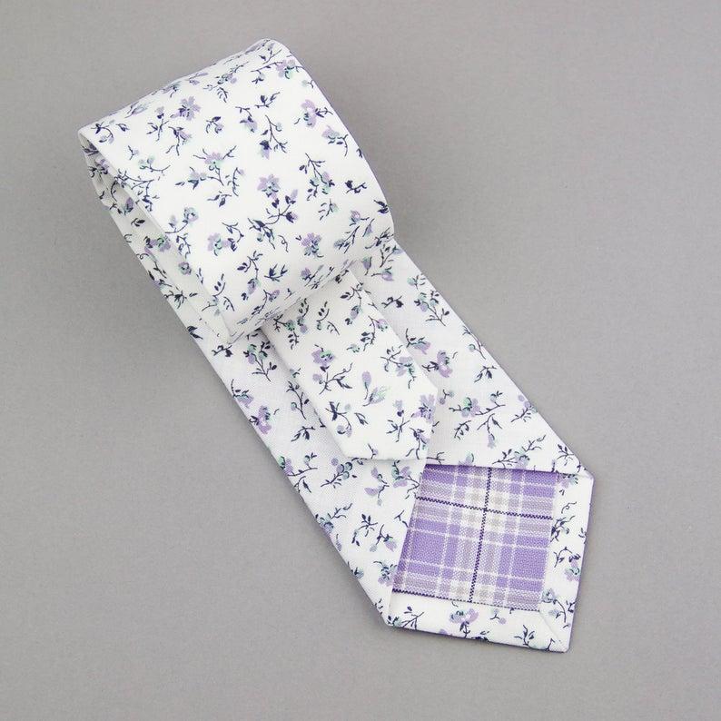 White Lavender Floral Necktie Men S Skinny Cotton Tie Floral Print Tie Wedding Necktie White Lavender Flowers Tie Summer Wedding Tie In 2020 Summer Wedding Ties Floral Necktie Wedding Ties