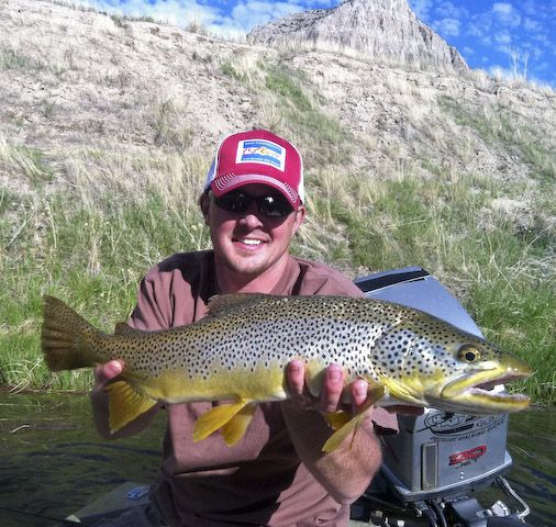 Fly Fishing For Big Wyoming Brown Trout With 307 Outfitters Wyoming Vacation Brown Trout Fish