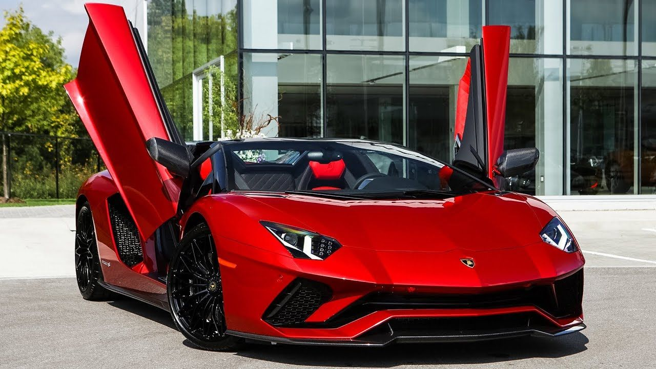 Overview of a BRAND NEW 2019 Lamborghini Aventador S