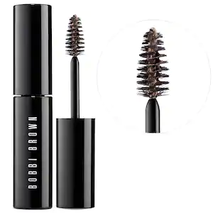 Bobbi Brown Natural Brow Shaper & Hair Touch Up #naturalbrows Shop Bobbi Brown's Natural Brow Shaper & Hair Touch Up at Sephora. A cream-gel formula that effortlessly defines and fills-in brows. #naturalbrows
