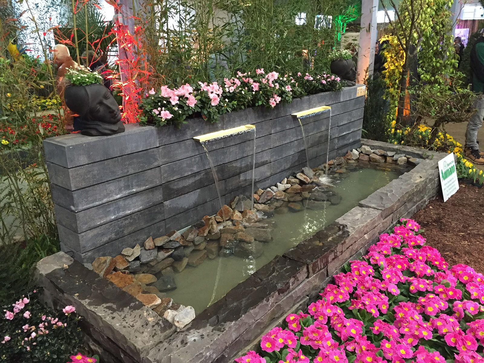Mauer Mit Wasserfall Wasserspiele Fur Den Garten Garten Japanischer Garten Japanischer Garten Anlegen