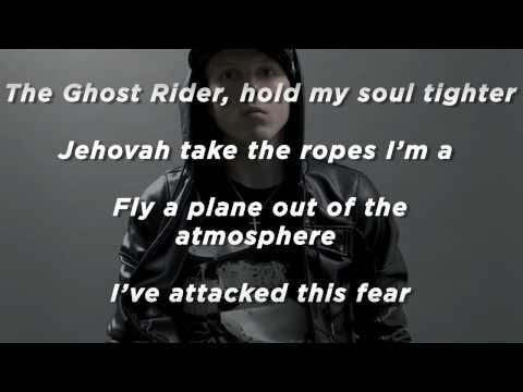 Manafest Avalanche (Slideshow With Lyrics)..just listen