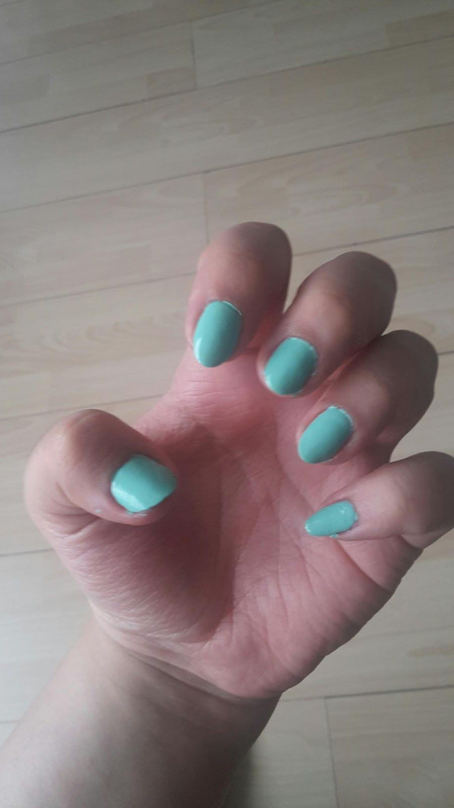 Bloggerwithsmile : 1 Woche - 3 Nagellacke