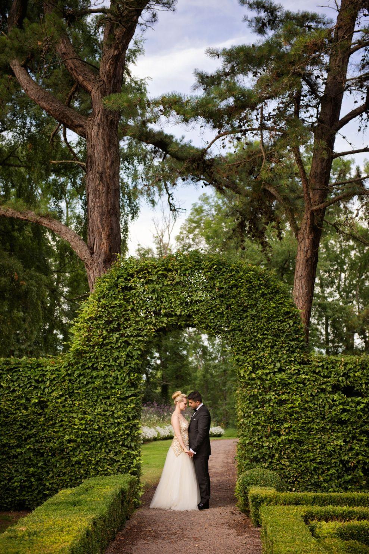 Wedding couple, bridal portrait,outdoor portraits, norrvikens trädgårdar, båstad,norrviken, sweden, summerwedding [Photo by Anna Lauridsen Kullafoto]
