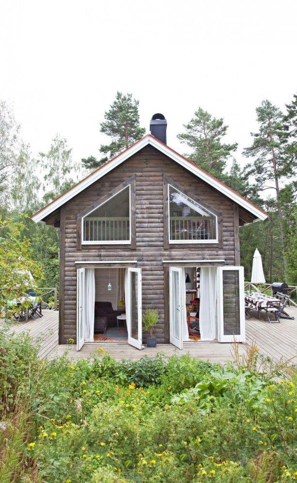 Scandinavian Small House Design: Scandinavian Cottage
