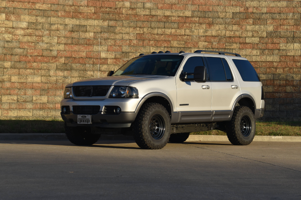 (1) 2004 Explorer with 7.3 Powerstroke Swap Ford
