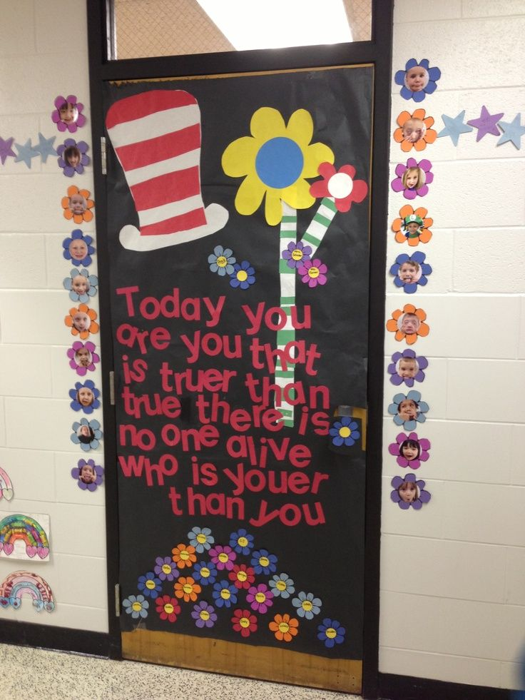 dr seuss door decorating contest pictures