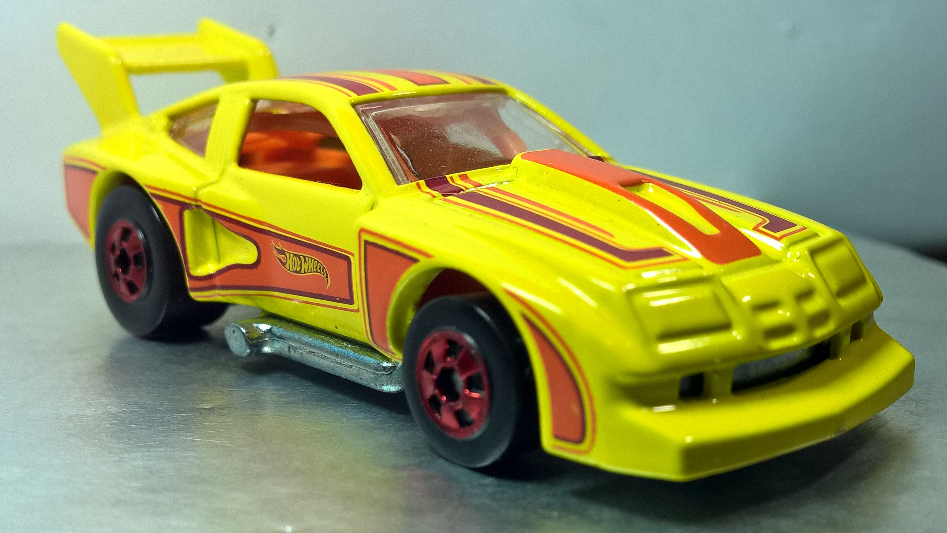Hot Wheels 76 Chevy Monza Flying Customs 2013 Hot Wheels Toy Car