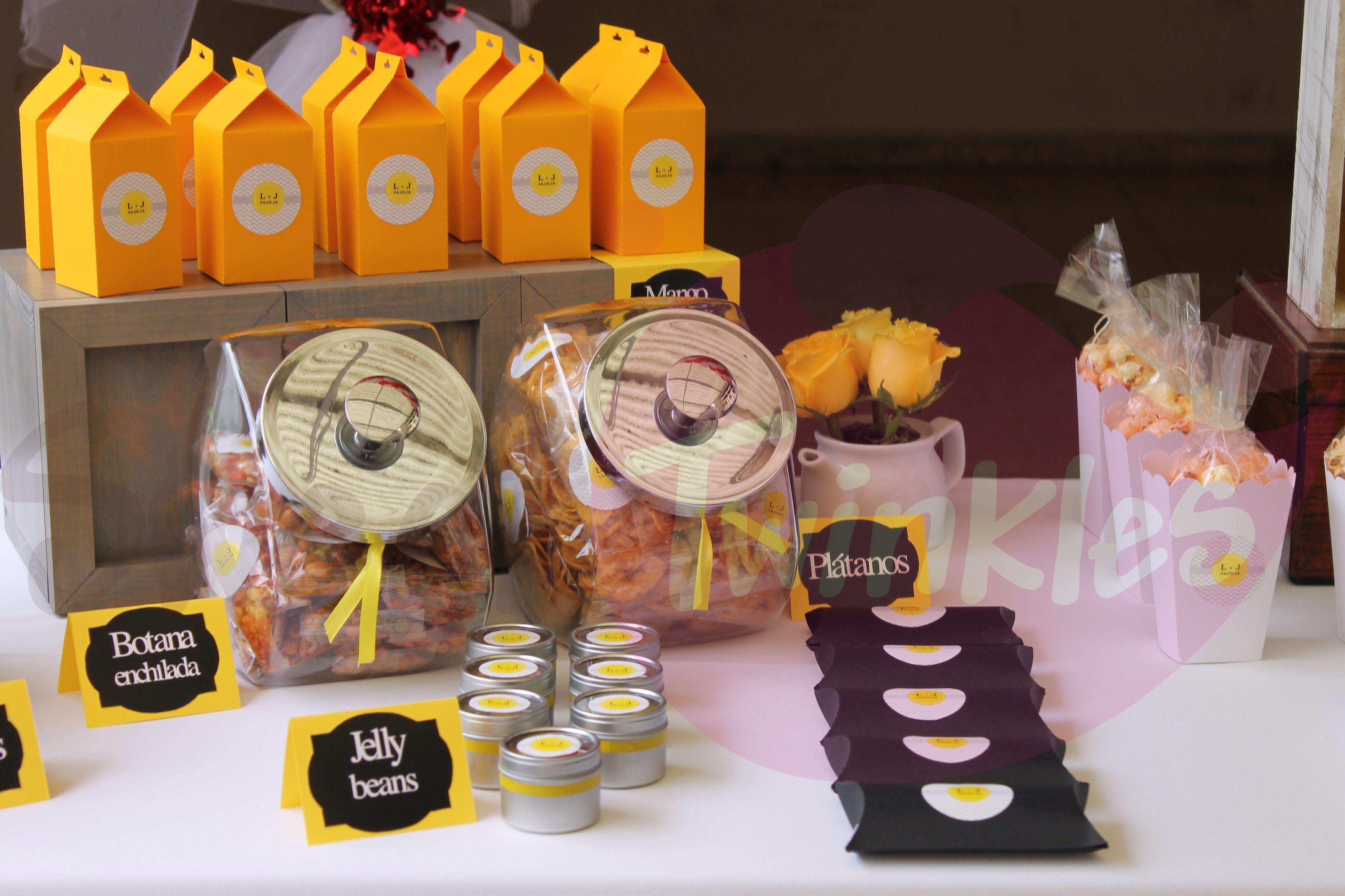 Mesa de dulces, boda en amarillo