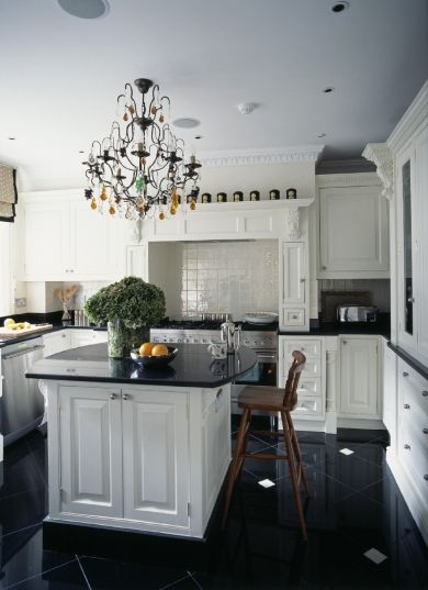The Solid Wood Painted Kitchen Has Zimbabwe Marble Surfaces The Black Marble Floor Inlaid With D Kitchen Decor Black And Cream Kitchen Luxury Homes Interior