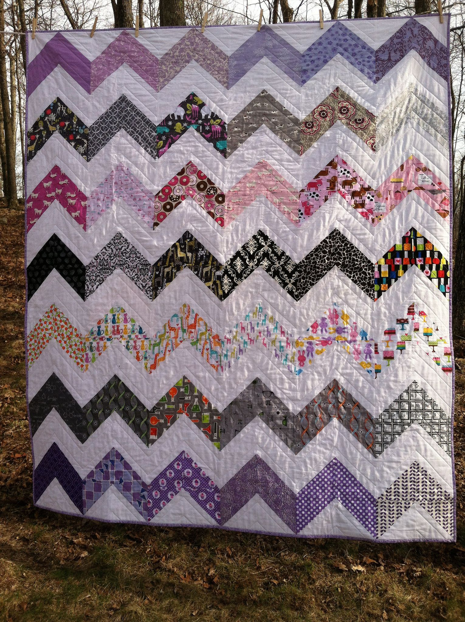 Chevron quilt for Bethanyus college graduation Chevron quilt