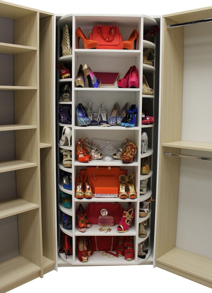 Light Wood Color Walk In Closet With Shoes Handbags Rack At The