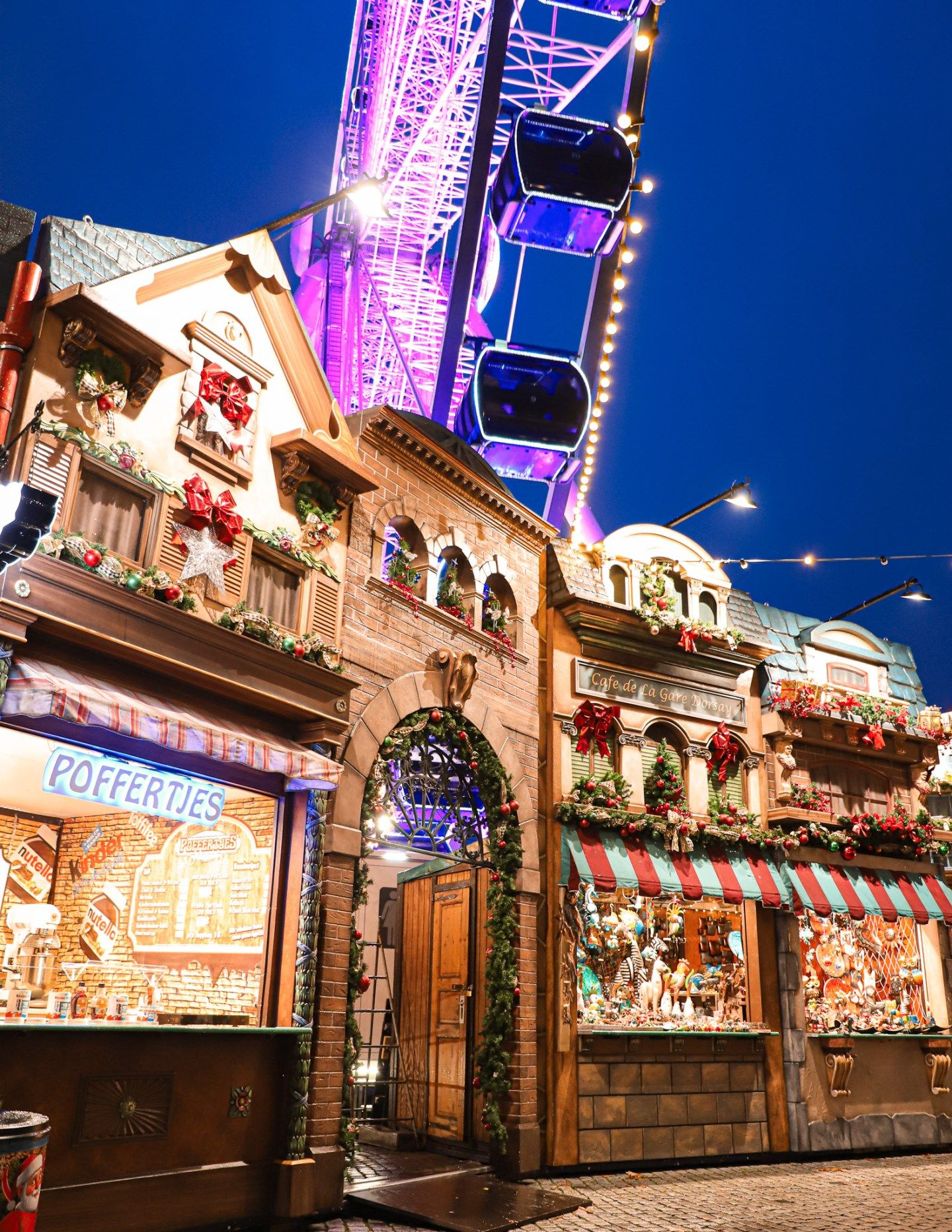 Christmas In Düsseldorf, Christmas Market Trip Dainty