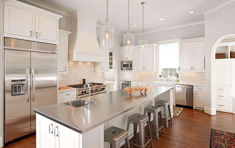 Superbe Stainless Steel Kitchen Countertops.