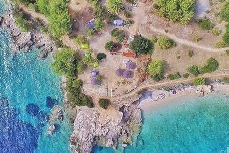 Beach bungalow 01 with seaview + free shuttle - Hvar - Bungalow - Get $25 credit with Airbnb if you sign up with this link http://www.airbnb.com/c/groberts22