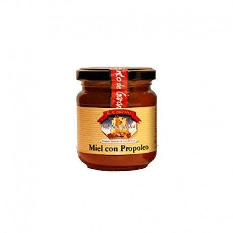Miel con propóleo es la combinación más saludable de todas. Su poder antibacteriano y antiviral está recomendado para todo el mundo.