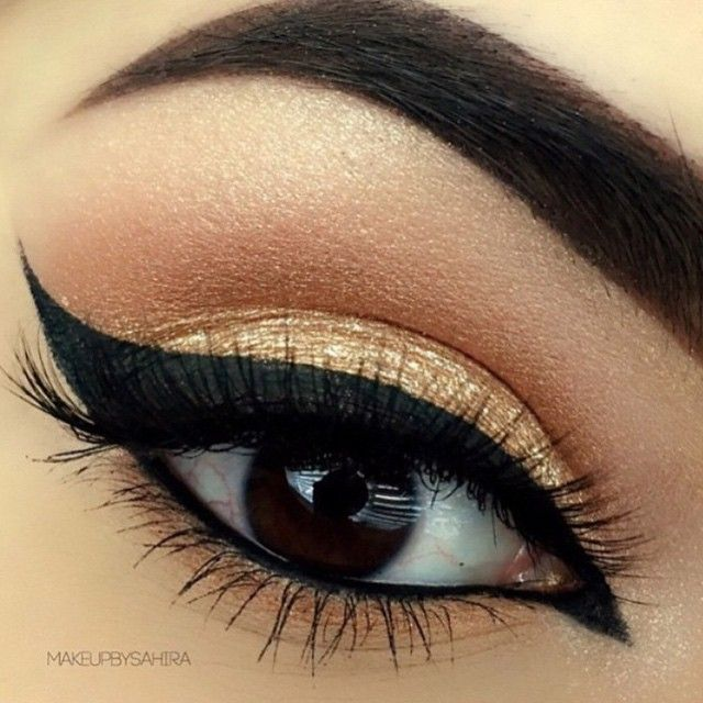 Love This Wing Liner With Gold Makeupbysahira