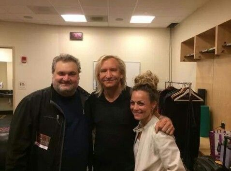 Joe Walsh (Center) With comedian Artie Lange (left) and