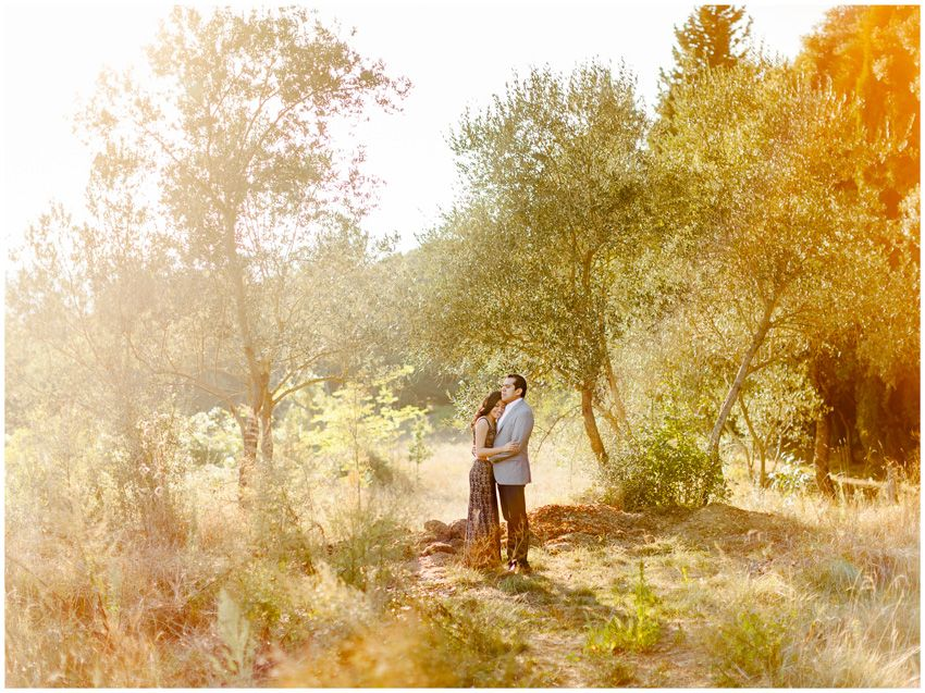 Engagement session is Tuscany