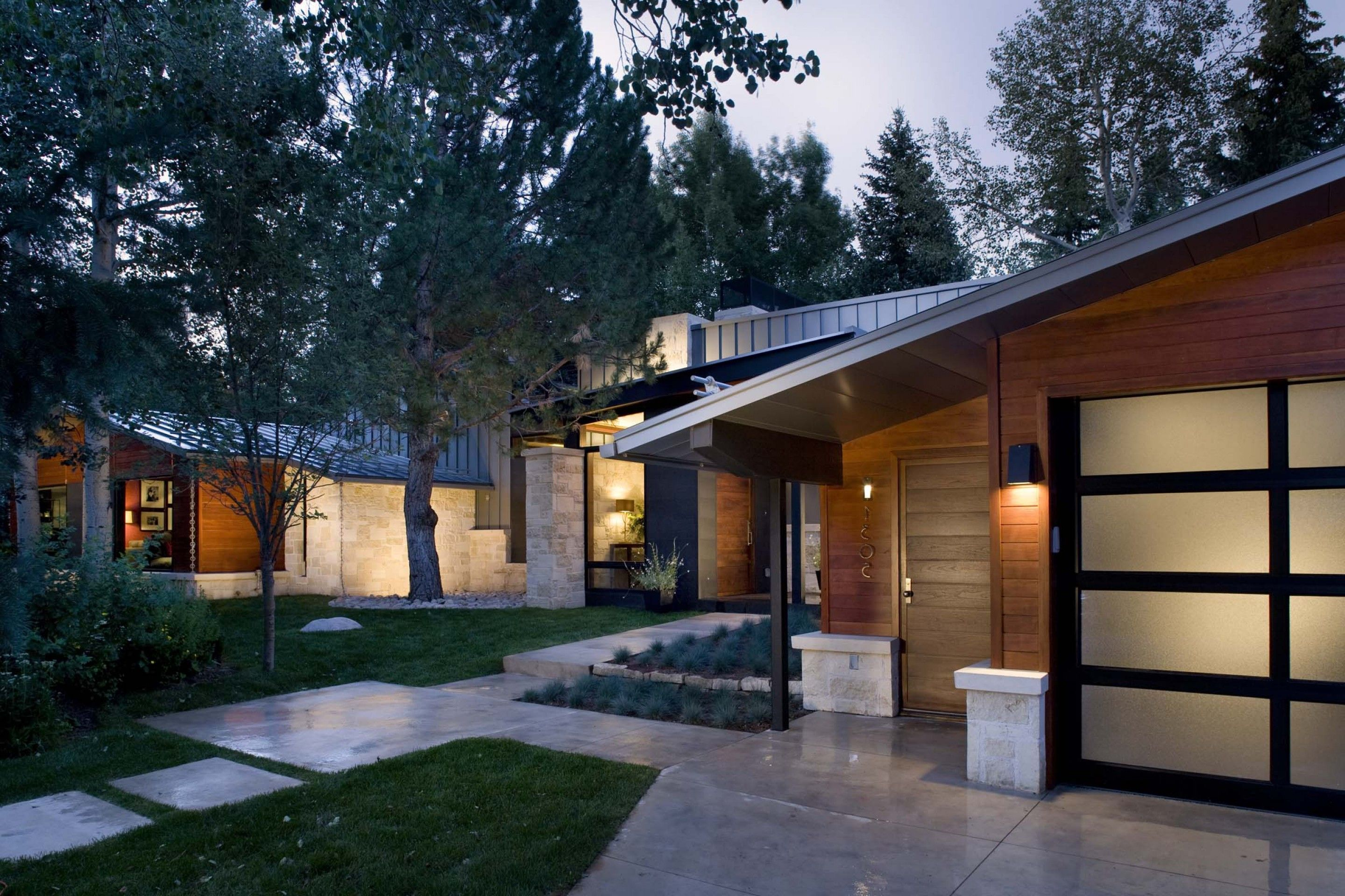 Ranch Home Exterior Design Ideas: Modern Ranch Designs ...