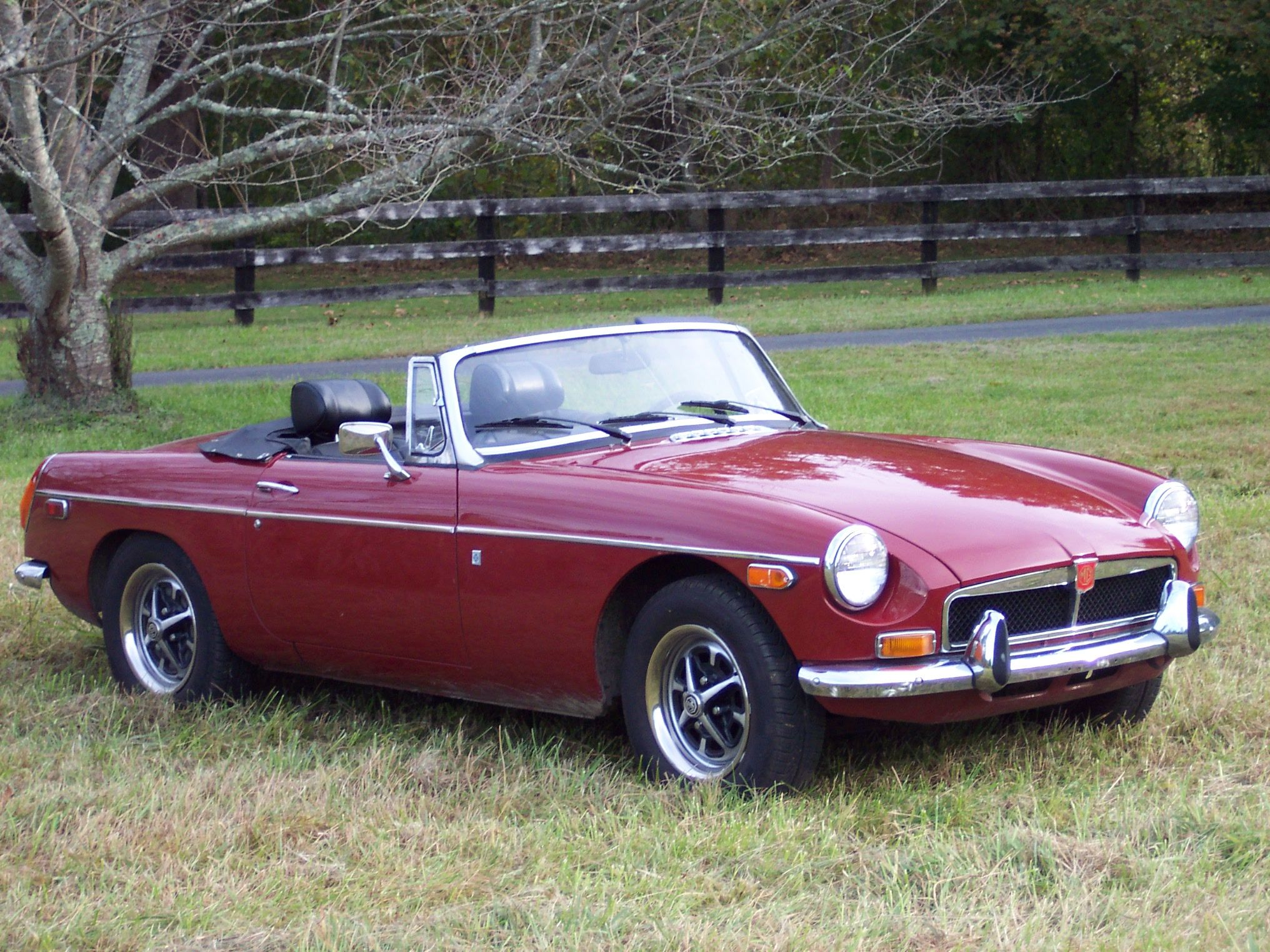 Mgb Roadster 1971 To 1974 Reminds Me Of Our Little Mg Way Back