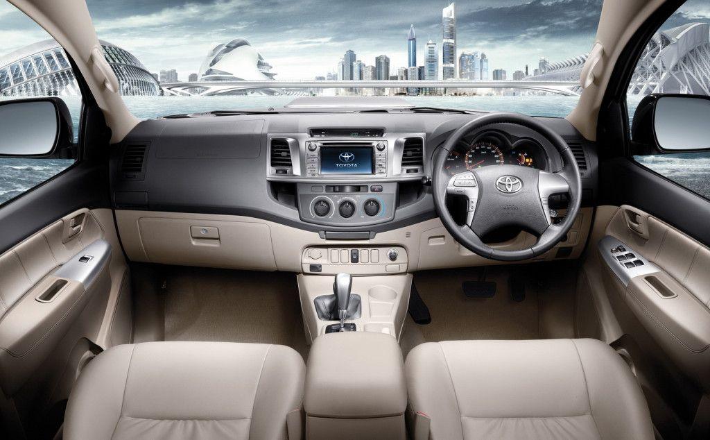 2014 Toyota Fortuner Interior View Toyota hilux, Toyota