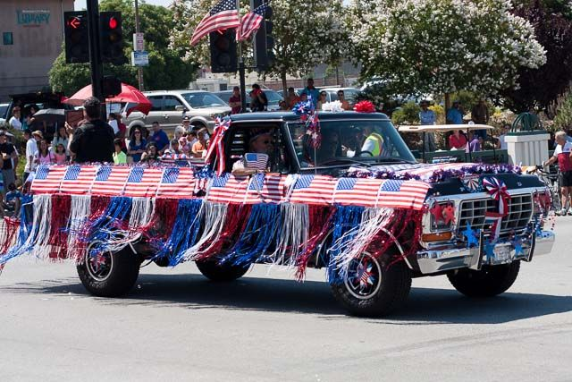 4th Of July Parade Truck Decor Google Search Patriotic 4th Of