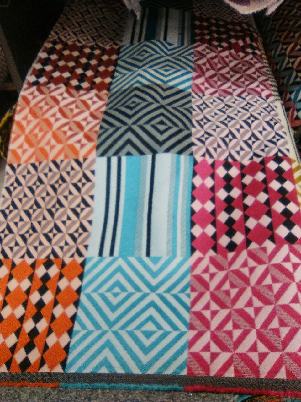 Tela para tapizar sillas sof s taburetes etc creative - Telas de tapizar ...