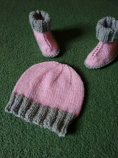5916c621c4d Hat for hugs matching hat for hug boots pattern by marianna mel ...