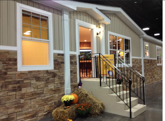 Clayton Home Show House Curb Appeal And Vertical Siding
