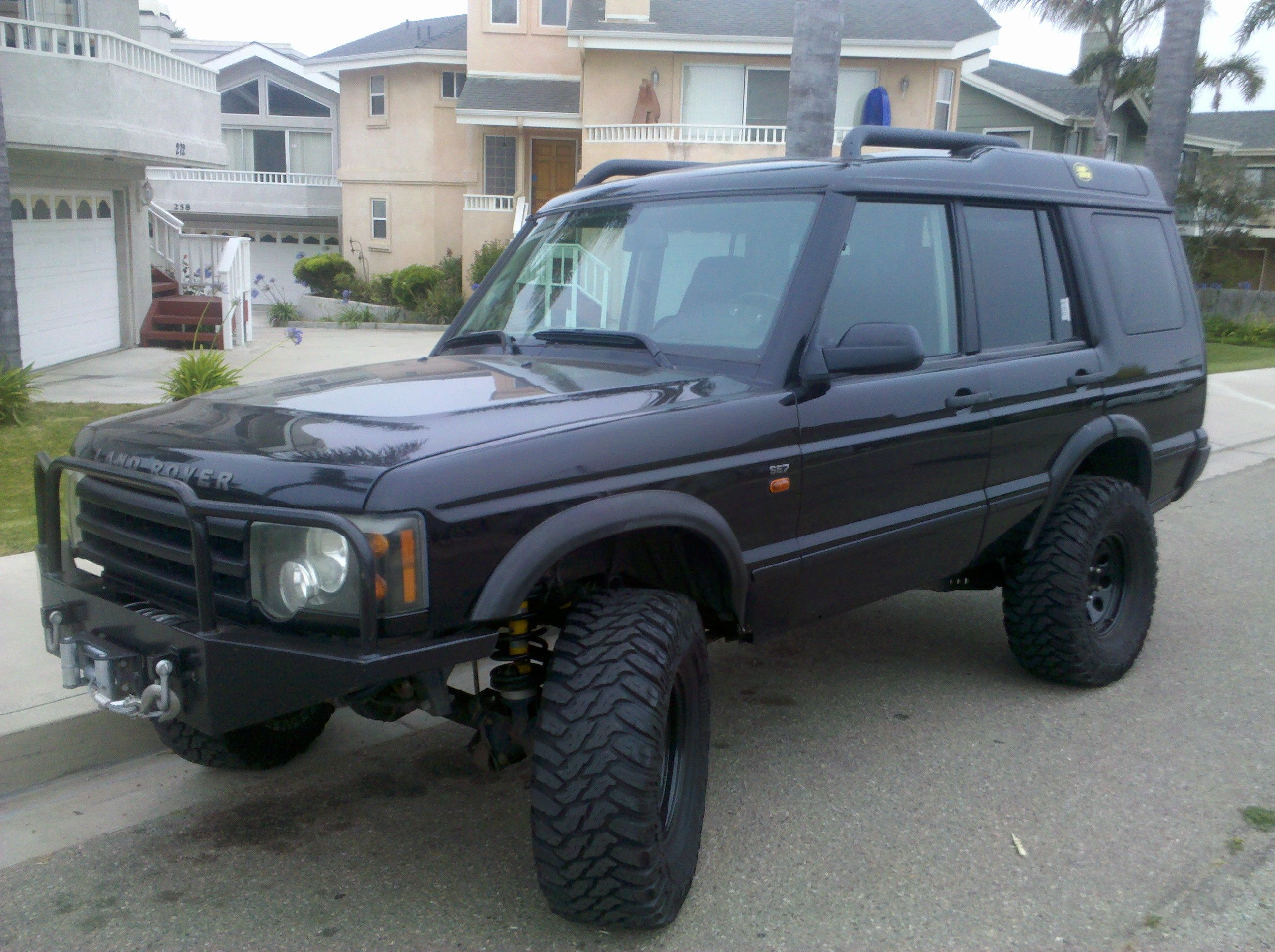 2004 Land Rover Discovery 2 With 6 Inch Lift Custom Bumpers Rims And All Blacked Out Land Rover Land Rover Discovery 2 Land Rover Discovery