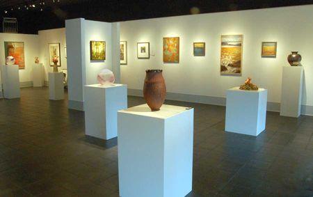 Asheville Gallery Display Stands Art Gallery Interior Art