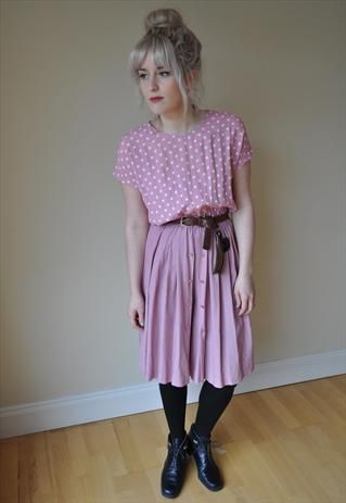 rockin' black tights with pastels