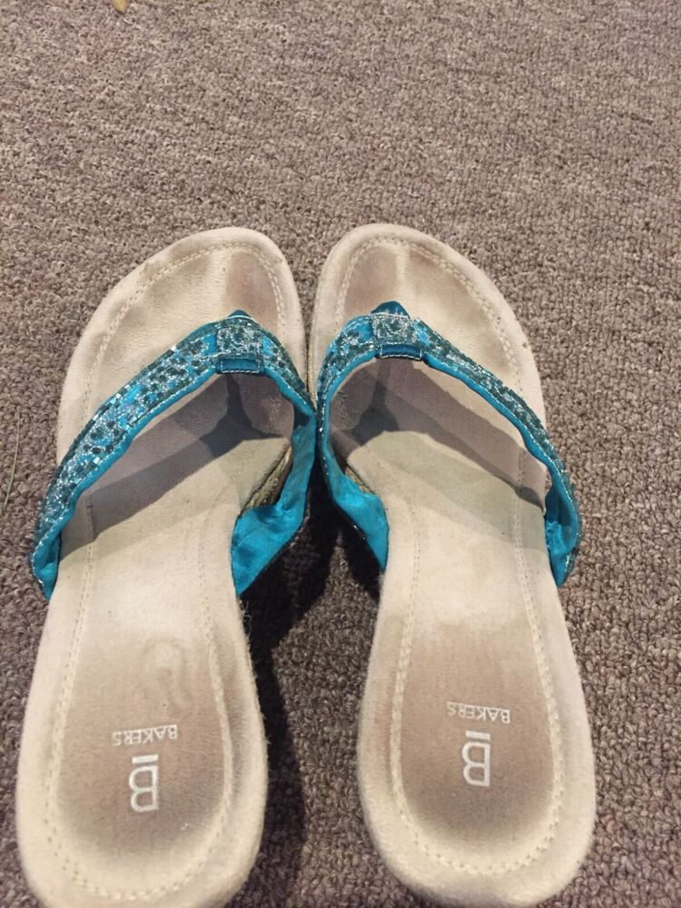 a2495429e85 well worn womens sandals 8.5 very used rhinestone blue #fashion #clothing # shoes #accessories #womensshoes #sandals (ebay link)