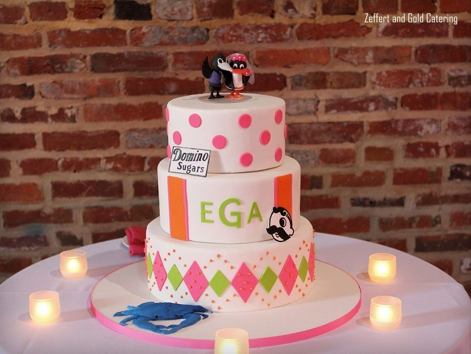 this is one of my favorite baltimore themed wedding cakes it has