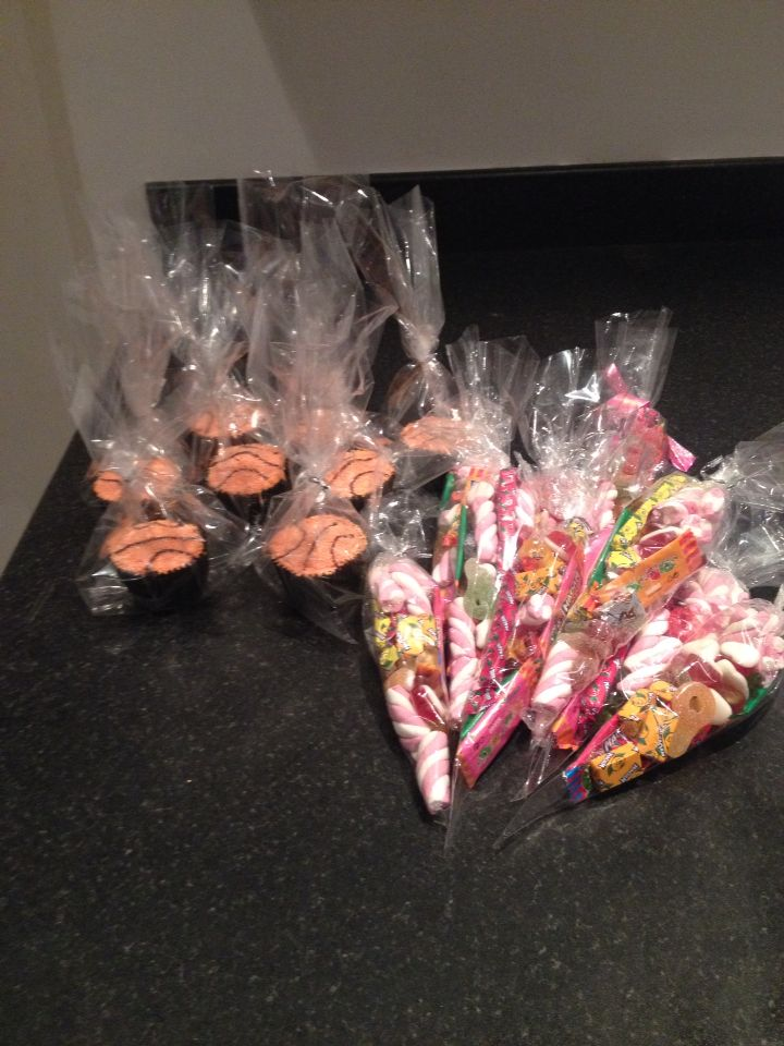Basketball cupcakes and sweet cones ready for party