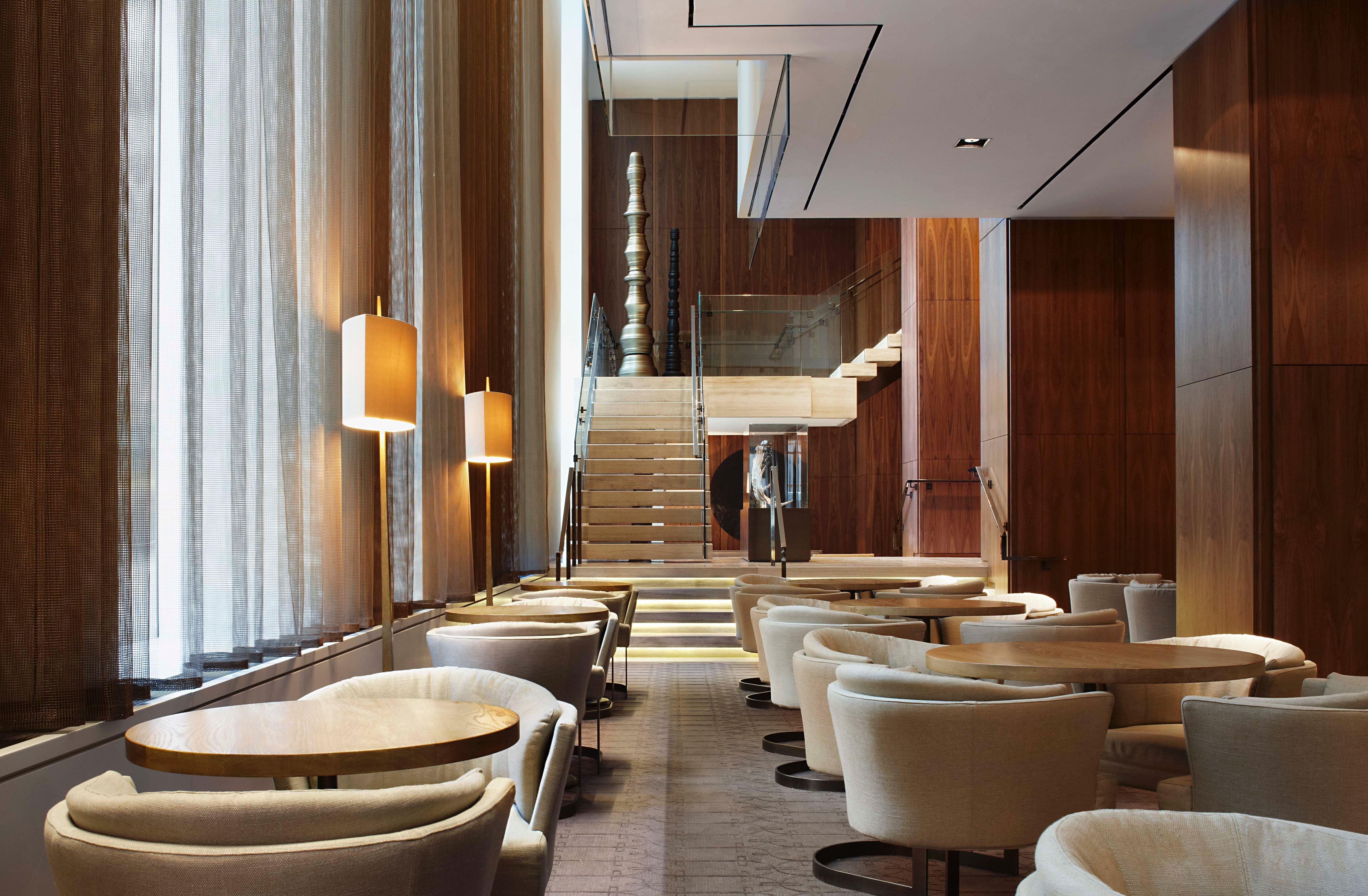 Four seasons toronto yabu pushelberg hotel lobby for Design hotel mosca