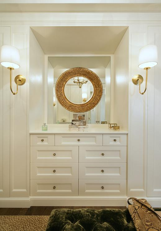 Pin by Stacey Plumlee on Closet (With images) Built in