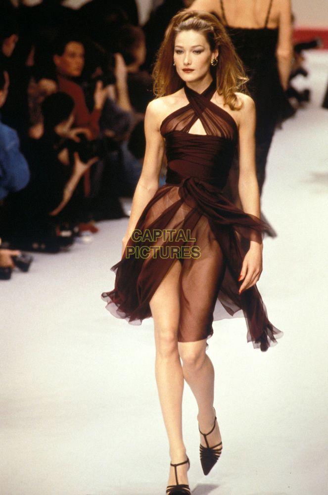 Chanel 1995 Carla Bruni Fashion Dress To Impress 90s Fashion