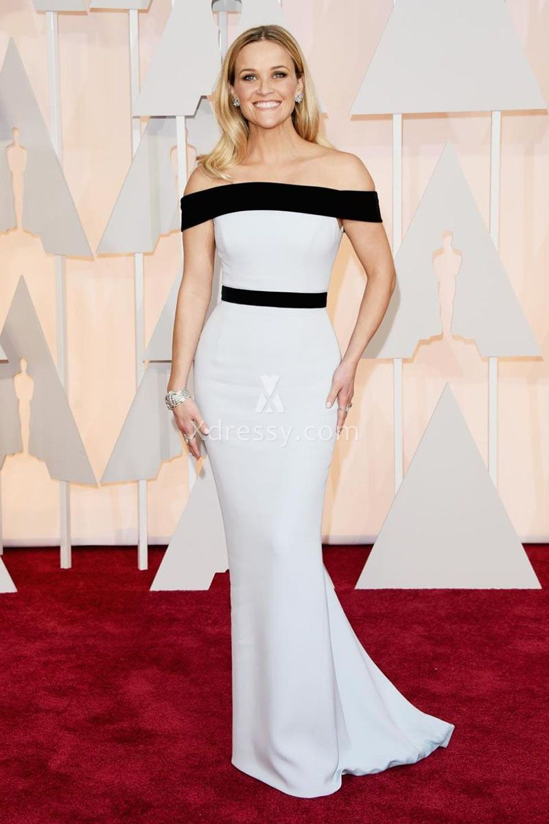 Reese witherspoon elegant black and white off the shoulder dress