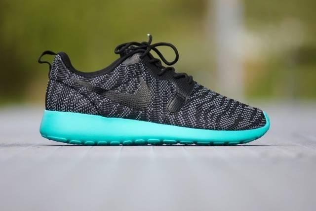 Nike ROSHE ONE KNIT JACQUARD