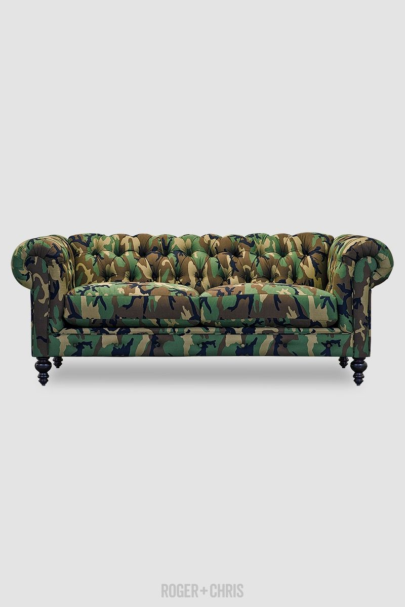 Chesterfield Sofas Armchairs Sectionals Sleepers Leather Fabric Linen Made In Usa Higgins From Roger Chris