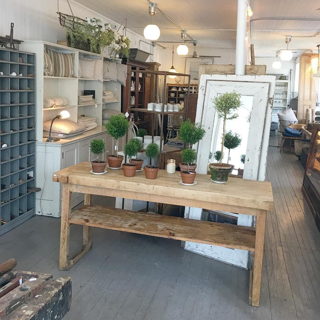 White Flower Farmhouse Whiteflowerfarmhouse Instagram Photos And Videos Rustic Dining Table New Vintage Interior
