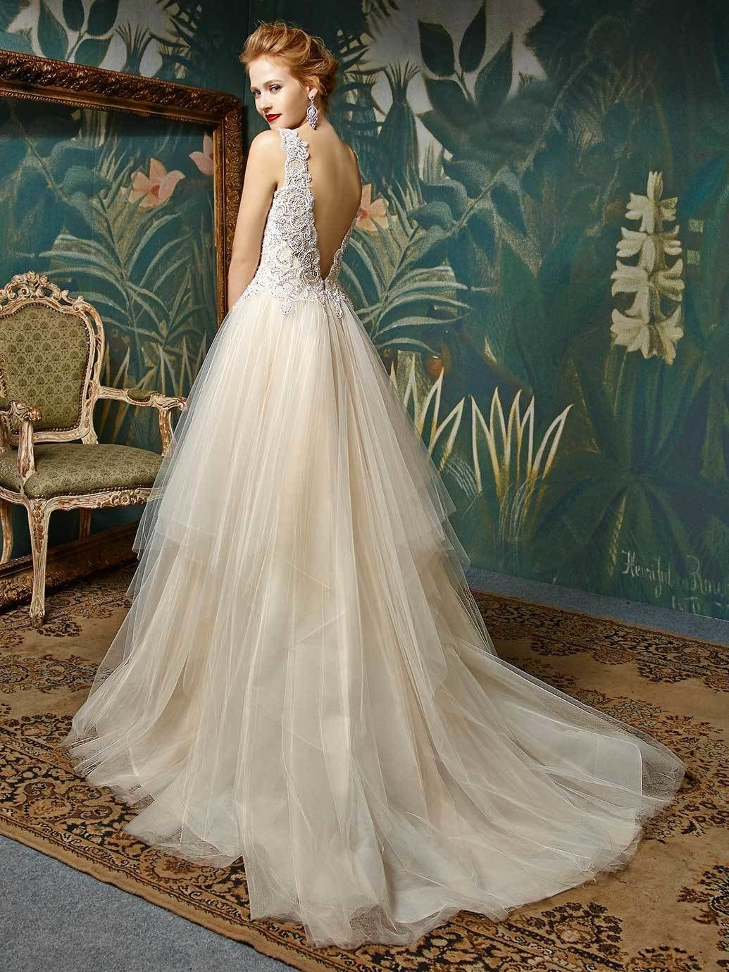 Son Sara Boutique ist Ihr Spezialist für Brautmode und Abendmode