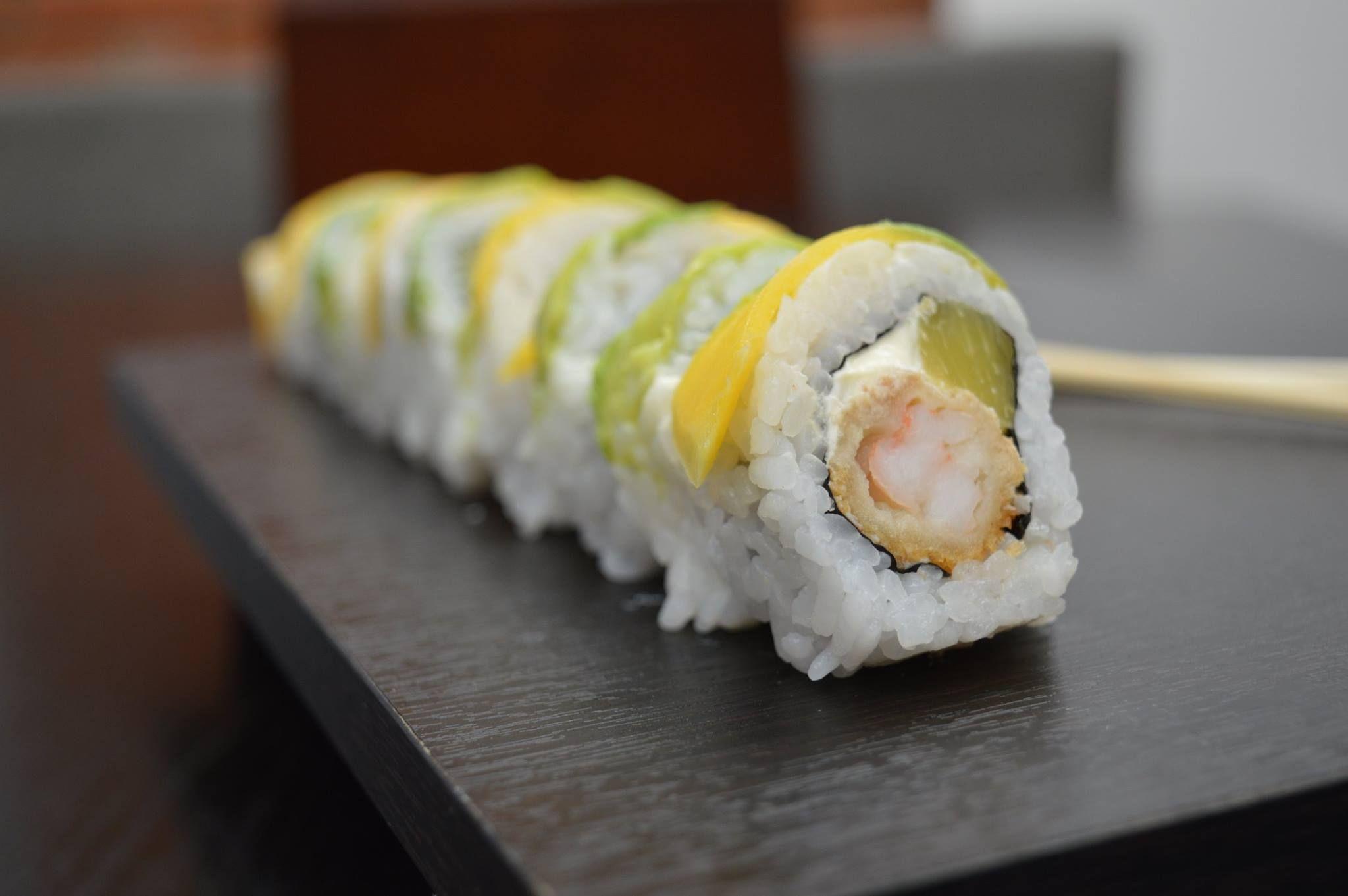 Los Mejores Combos De Megapiezas De Sushi Unico En La Ciudad De