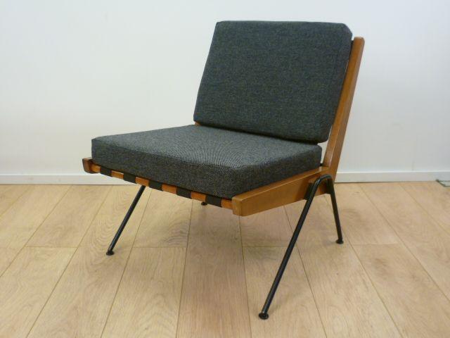 Robin day chevron chair chair sofa armchair easy - Chaise robin day habitat ...