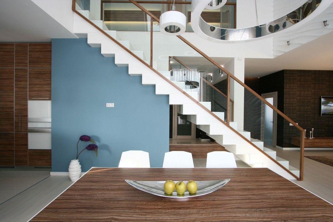 Dise o casa moderna dos plantas y planos escaleras - Diseno de escaleras interiores ...